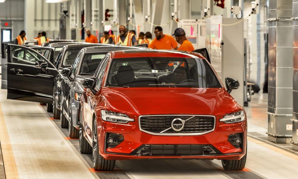 Línea de producción del Volvo S60 en Carolina del Sur