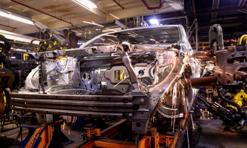 Planta de manufactura de automóviles de General Motors en Estados Unidos