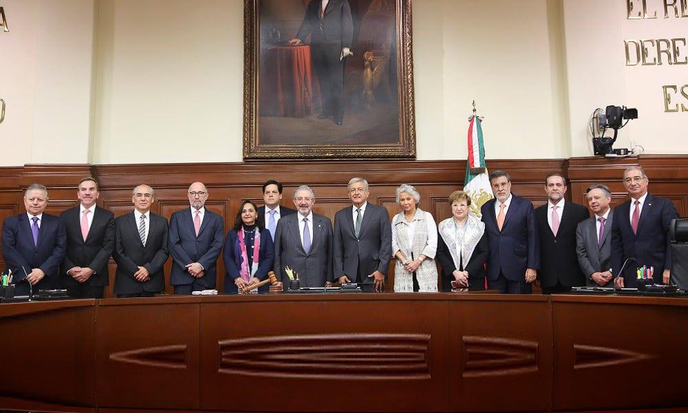 Andrés Manuel López Obrador y los ministros de la SCJN