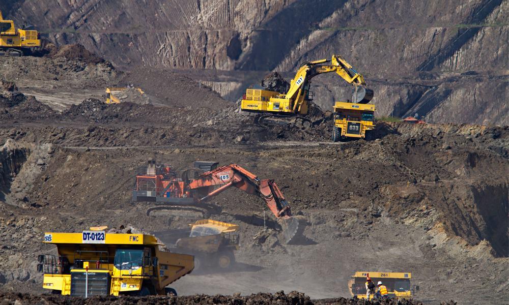 Acciones de mineras caen en la BMV