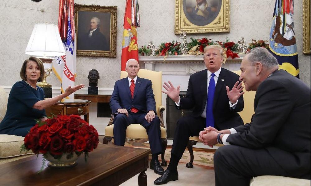 Nancy Pelosi, Mike Pence, Donald Trump y Chuck Schume