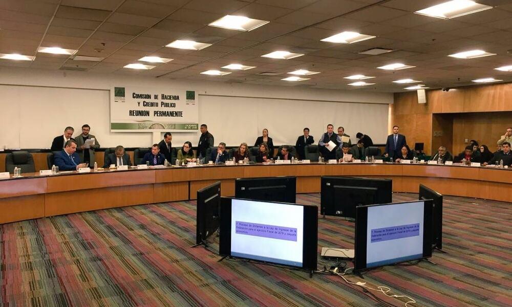 Comisión de Hacienda discute la iniciativa de Ley de Ingresos 2019.