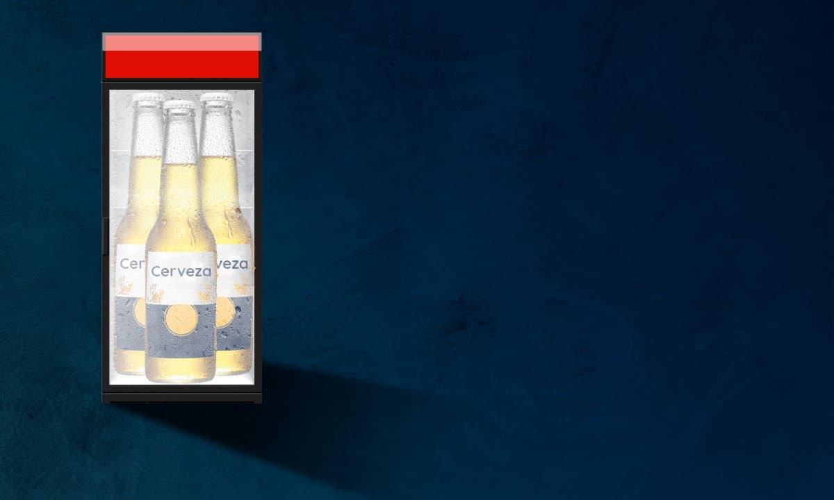 Cerveza Grupo Modelo en Oxxo iStock