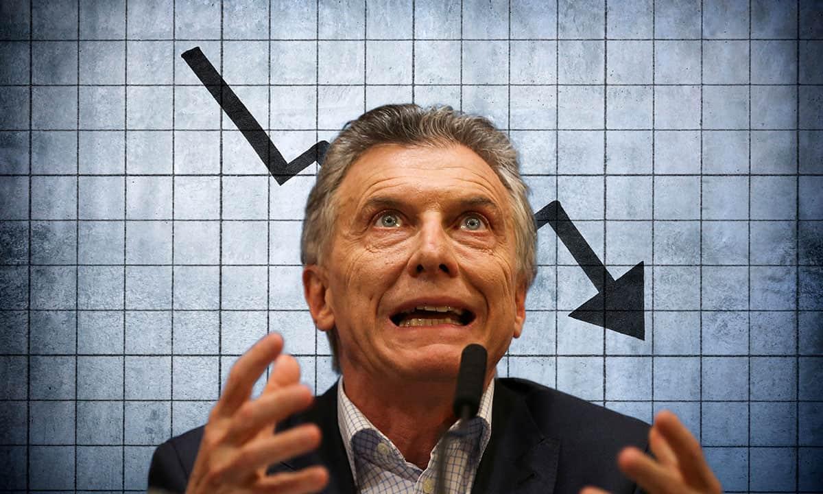Economía de Argentina se cimbra. (Reuters)