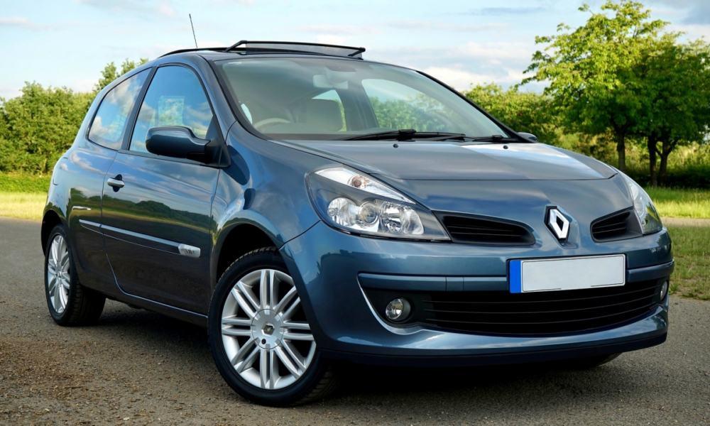 Acciones de Renault se desploman