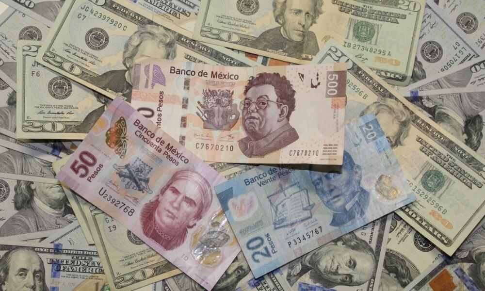 pesos dólares