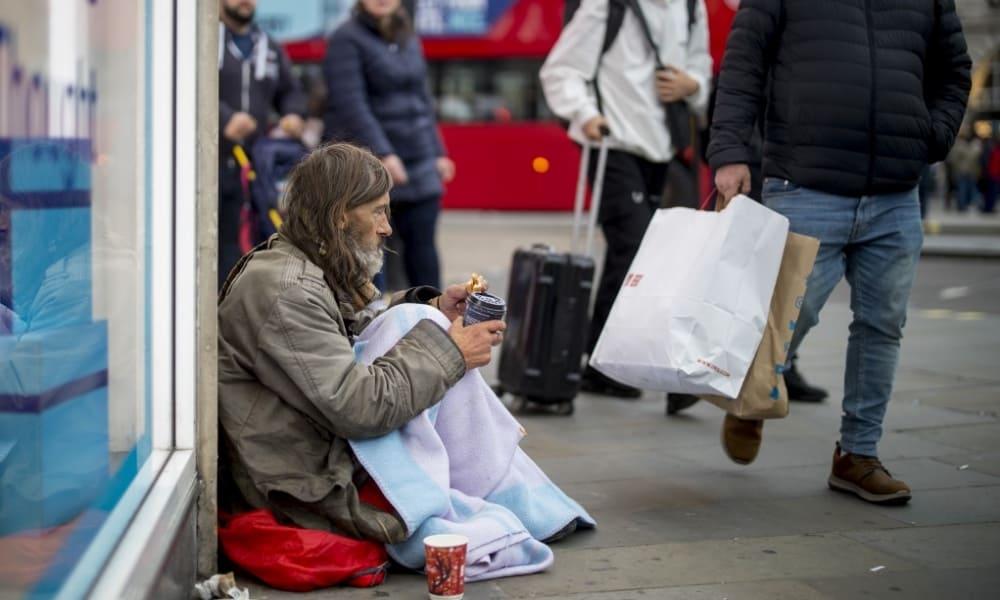 Reino Unido llega a elecciones con pobreza como telón de fondo