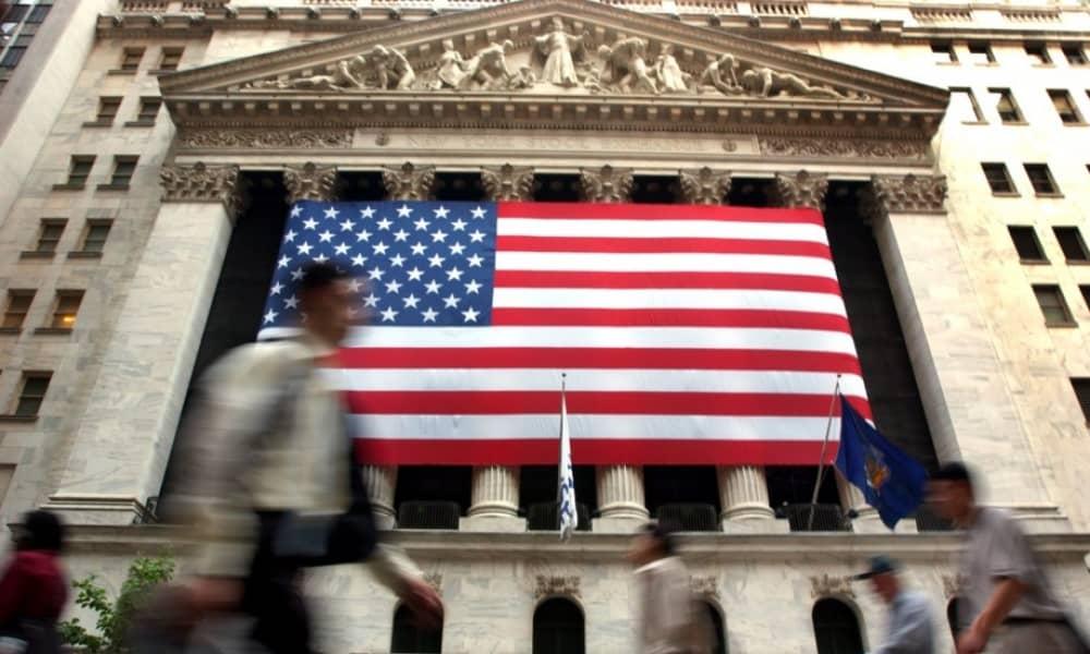 Wall Street se hunde por aumento de ansiedad por consecuencias del coronavirus