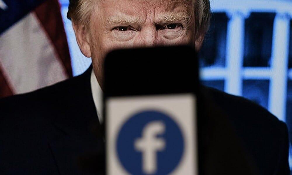 Facebook suspende Trump